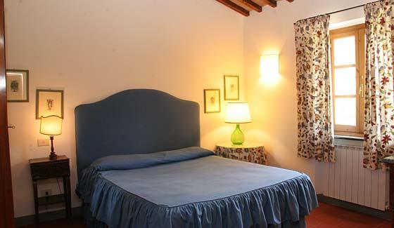 Accommodations farmhouse villa tuscany countryside holiday farm agriresidence homestead