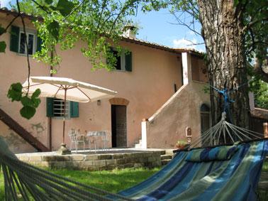 Toscana, Lari zwischen Pisa und Florenz und nur eine halbe Stunde zum Strand:  Ferienhaus in wunderbarer Lage