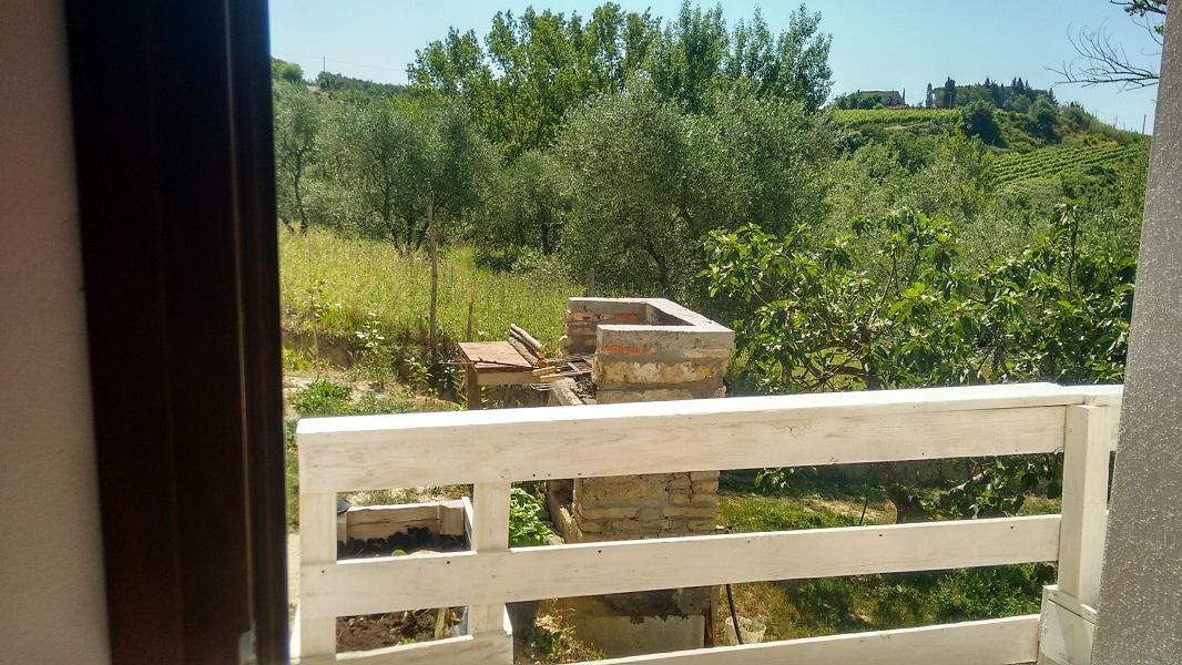 toskana florenz pisa sehr romantisches ferienhaus mit einem kleinen pool bei peccioli alleinlage. Black Bedroom Furniture Sets. Home Design Ideas
